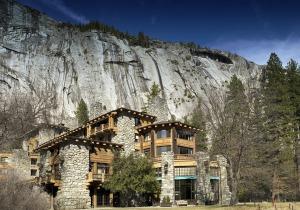 Ahwahnee Hotel in Yosemite